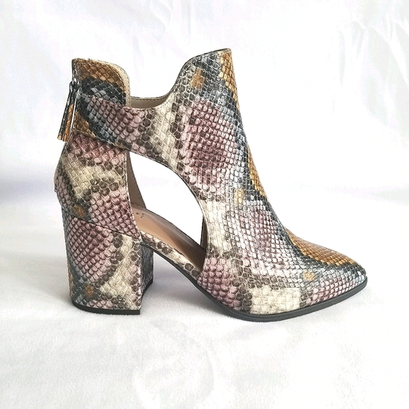 "Snake Print Ankle Booties 3"" Heel Size 7.5"